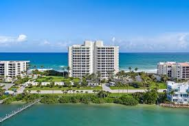 The Carlyle Condos for Sale in Jupiter, Florida