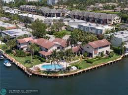 Highland Beach Isles Townhomes for Sale in Highland Beach, Florida